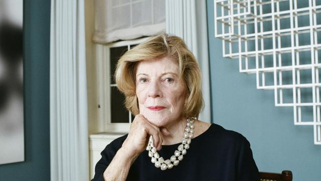 PHOTO MOVED IN ADVANCE AND NOT FOR USE - ONLINE OR IN PRINT - BEFORE NOV. 4, 2018. — Agnes Gund at her Park Avenue apartment in New York, Nov. 1, 2018. Gund is the queen of the philanthropy world and a champion of racial justice, but she is also running out of cash. (Brad Ogbonna/The New York Times)