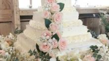IMAGE: This Gorgeous DIY Costco Wedding Cake Only Cost $50 To Create