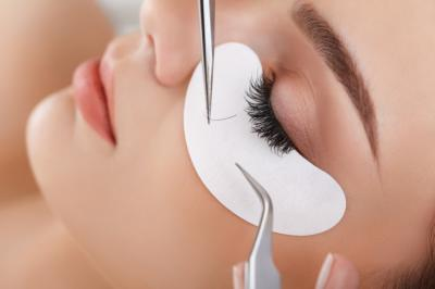 Long, luscious lashes are just 5 simple steps away. (Deseret Photo)