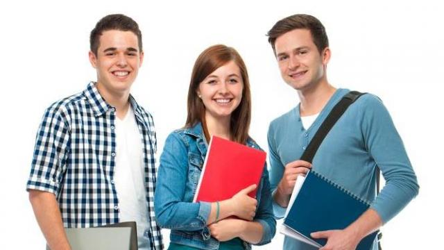 It can be overwhelming thinking about everything your teenager needs to know to be fully prepared for college. Helping your son or daughter master these ten life skills will ease the transition. (Deseret Photo)