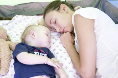 Worried that you can't fall asleep because of your newborn? Follow these expert-recommended tips, and you'll be good as goo-goo-ga-ga. (Deseret Photo)