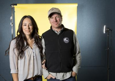 "In this March 29, 2016 photo, Joanna Gaines, left, and Chip Gaines pose for a portrait in New York to promote their home improvement show, ""Fixer Upper,"" on HGTV. (Photo by Brian Ach/Invision/AP) (Deseret Photo)"