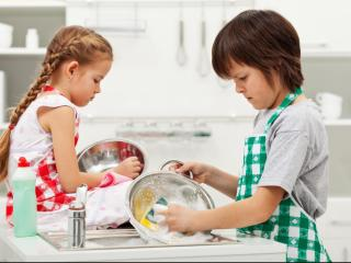 5 tricks to teach your kids how to love helping around the house