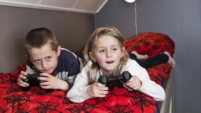 Video games are far from brain-numbing. In fact video games help relationships with siblings, and other surprising ways. (Deseret Photo)