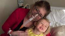 IMAGE: This dying mother goes six days without lungs during an experimental surgery