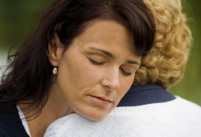You probably mean well when you are trying to comfort a grieving mother, but you can end up hurting her even more. Here are four things to never say, as well as some suggestions for what you can say instead. (Deseret Photo)