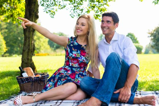 Do these things and your wife will be falling in love with you all over again. (Deseret Photo)