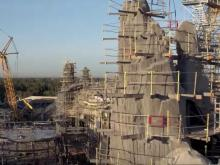 Video: Disney unveils a first-look at the new Star Wars park at Disneyland