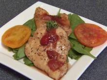 Local Dish: Pan chicken with strawberry reduction