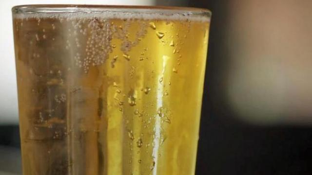 Pizza Hut to expand beer delivery service