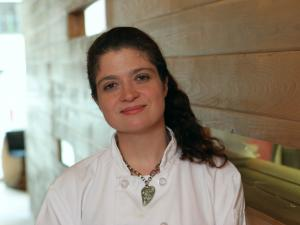 Celebrity chef Alex Guarnaschelli offers lunch tips.