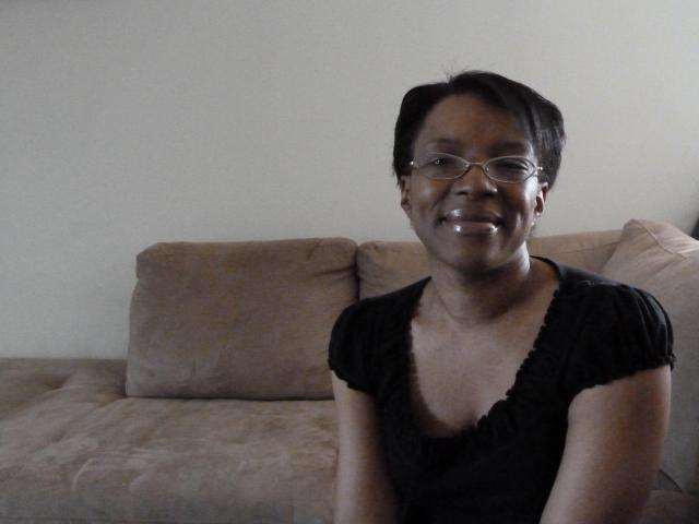 Mari Taylor, Go Ask Mom's Mom of Teens blogger, before her makeover with Glam Lounge.