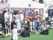 "Sandbox band performs ""The Bare Necessities"""