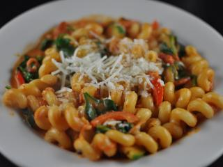 Primavera Cavatappi at Pronto Pasta