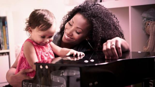 "Singer songwriter Rissi Palmer with daughter Grace, who inspired the songs on Palmer's new family album ""Best Day Ever."""