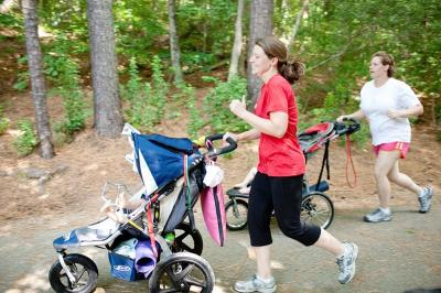 A guide to running with a stroller. Photo courtesy Raleigh Running Mamas Photo credit:  A.E. Wiley Photography http://aewileyphotography.com/