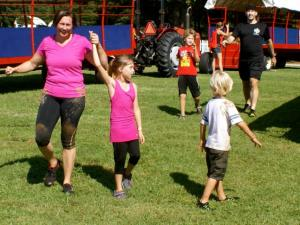 Stacy Lamb and her daughter compete in the Big Muddy Challenge