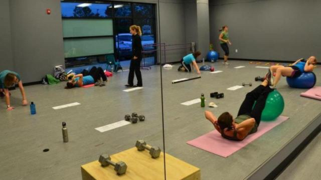 FIT4MOMS will offer a 12-day boot camp for moms.