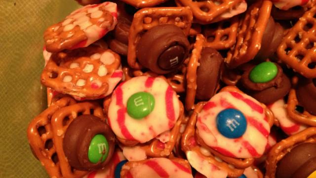 Pretzel chocolate treats