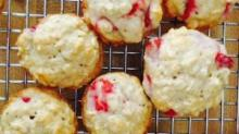 IMAGE: Recipe: Mini strawberry oat muffins