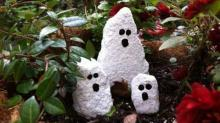 IMAGES: Mess Makers: Easy Halloween crafts for little hands