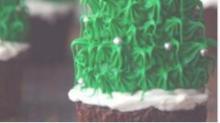 IMAGE: Recipe: Christmas tree cupcakes
