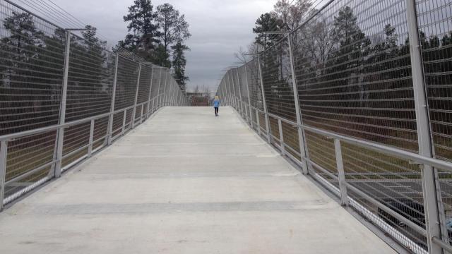 Pedestrian bridge over I-40
