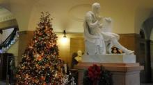 IMAGE: State Capitol tree lighting ceremony, Executive Mansion open house this week