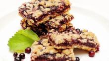 IMAGE: Recipe: Blueberry bars