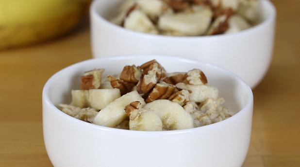 Overnight no-cook banana oatmeal