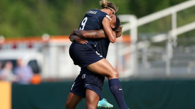 Cary, NC - Saturday April 29, 2017: Lynn Williams, Jessica McDonald during a regular season National Women's Soccer League (NWSL) match between the North Carolina Courage and the Orland Pride at Sahlens Stadium at WakeMed Soccer Park. Credit: Andy Mead: ISI Photos.