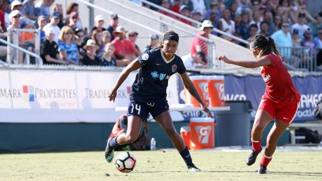 Cary, North Carolina  - Saturday August 19, 2017: Jessica McDonald during a regular season National Women's Soccer League (NWSL) match between the North Carolina Courage and the Washington Spirit at Sahlens Stadium at WakeMed Soccer Park. North Carolina won the game 2-0. Credit: ISI Photos, Andy Mead