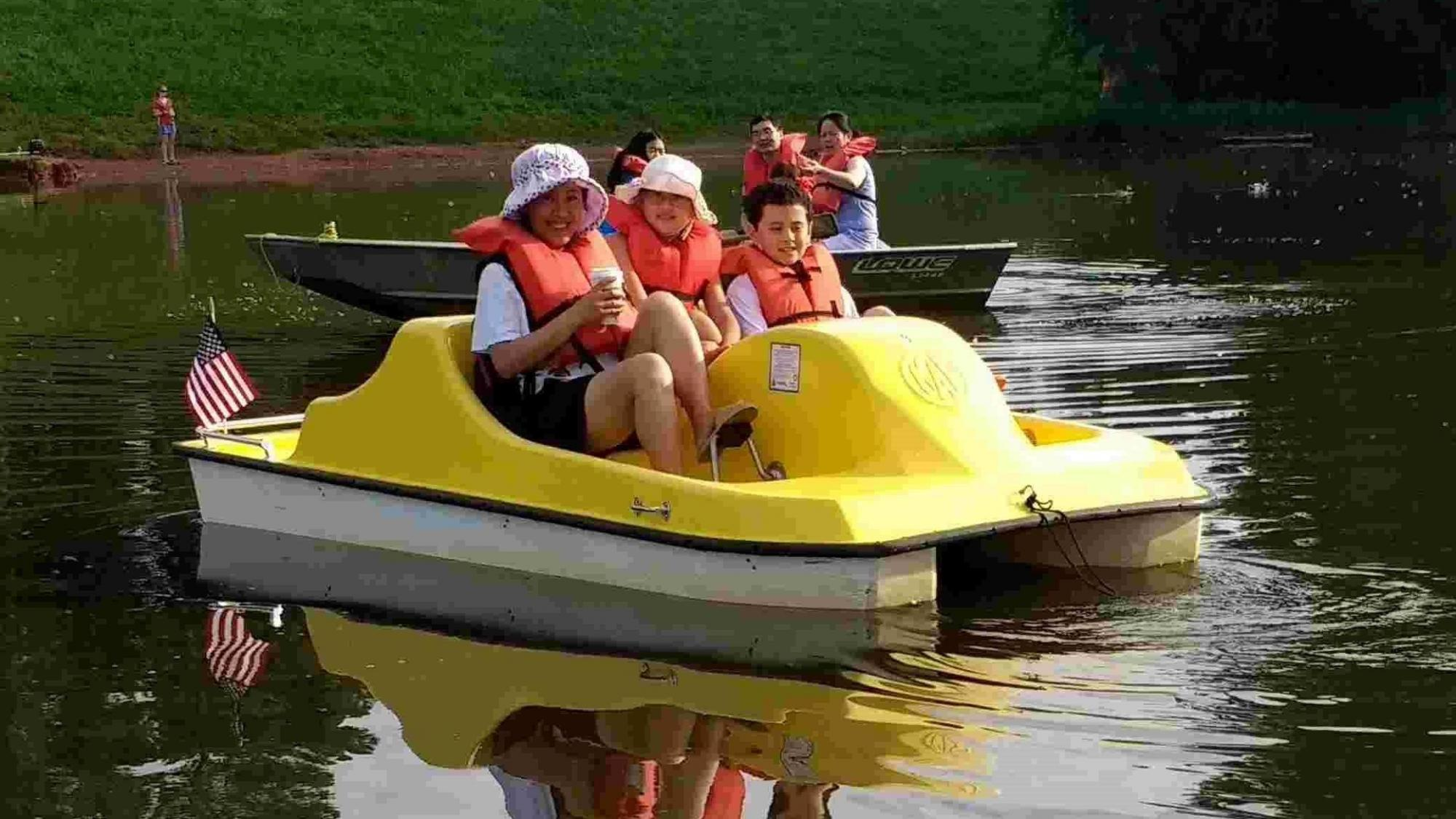 Take the Kids: Play - 5 places for pedal boat rides in