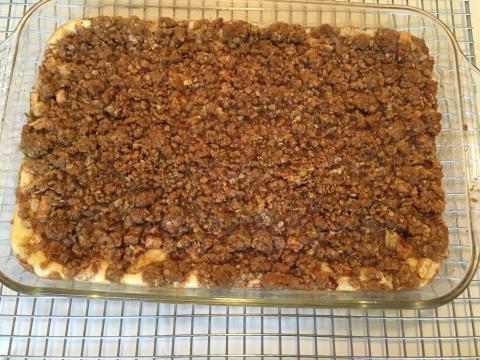 Apple caramel cheesecake bars