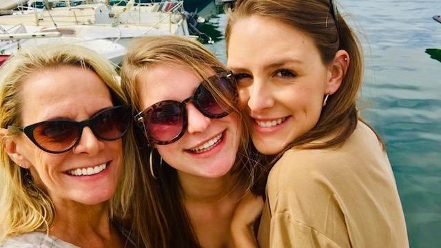 Amanda Lamb with her daughters