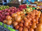 IMAGES: Take the Kids: Pick up some fresh peaches and more at State Farmers Market