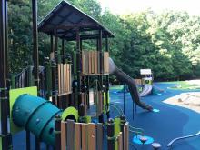 Playground at Blue Jay Point County Park
