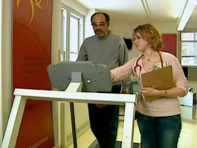 Charles Meadows, who suffers from peripheral arterial disease, walks on a treadmill as part of a study into whether supervised exercise can help PAD.