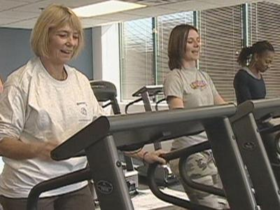 A study recently published in the Journal of the American Medical Association has found that diet and exercise are effective in helping severely obese people lose weight.