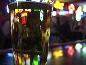 A new study on the effects of heavy alcohol use on teenage brains shows that binge drinking among teens can lead to lower intelligence and impulsive behavior, according to researchers at the University of North Carolina Chapel Hill.