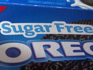 When comparing Oreos and sugar-free Oreos, there is only a 5 calorie difference per cookie.