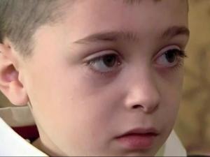 Autism revealed by blinking eyes