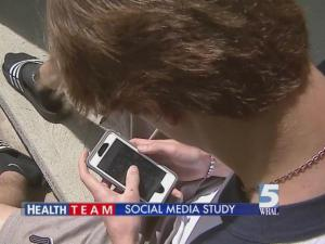 Doctor: Social media skimps on real interaction