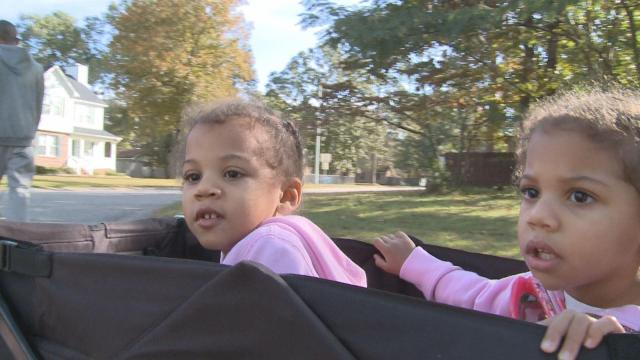Two year old twins Jewell and Journey inspired their mother during breast cancer fight