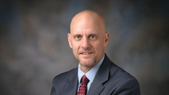 President Trump to nominate Dr. Stephen Hahn as new FDA commissioner