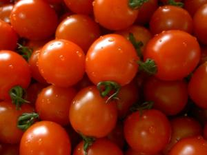 Cherry tomatoes are yummy in a salad. Photo from wikipedia.com.