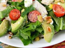 Featured Recipe: Spinach Salad with Chicken, Avocado and Goat Cheese