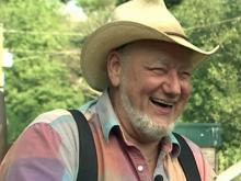 Appalachian storyteller makes his own fun