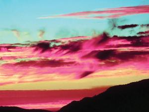 Arizona's sky features an array of dazzling colors.