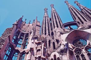 La Sagrada Familia, under construction in Barcelona, is based on the designs of the late modernist architect Antonio Gaudi.